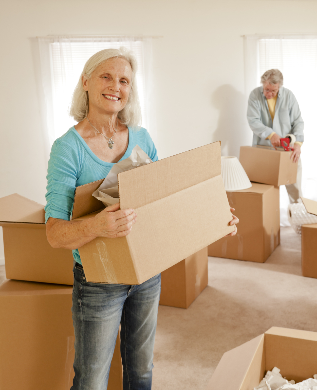 Seniors helping parents moving