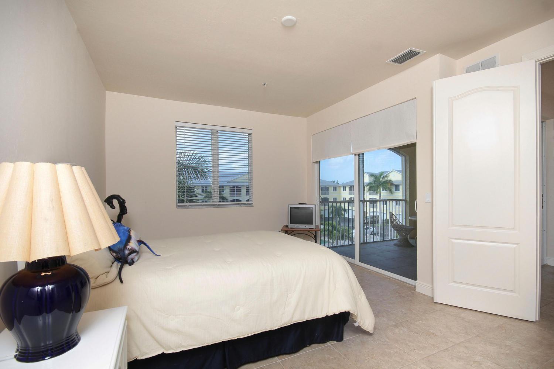 Master Bdroom 301 S Copeland -#116, Everglades City, FL34139